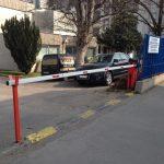 Installation et entretien d'une barriere de parking
